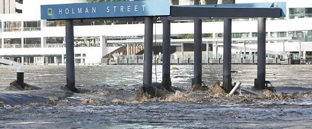 Three innovative flood defenses for cities