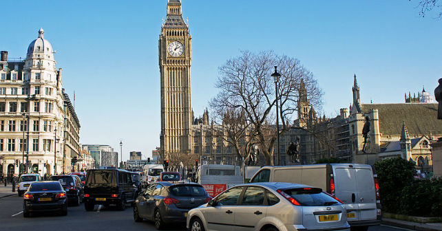 London taxi drivers back clean-air campaign